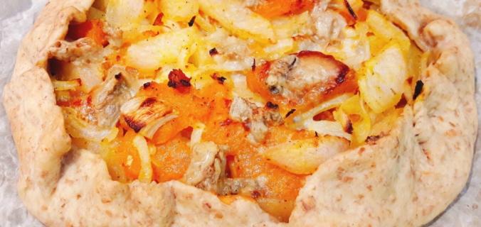 Rustico salato di zucca, pere e gorgonzola